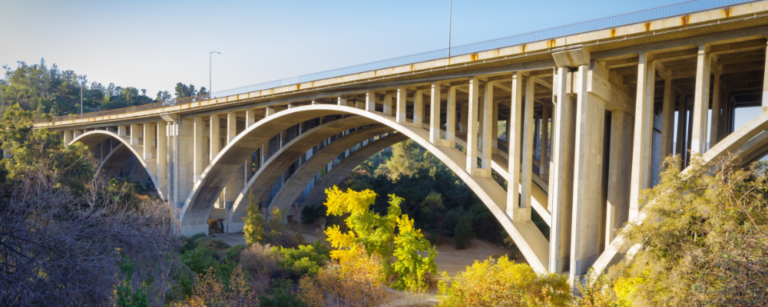Pros and Cons of Arch Bridge